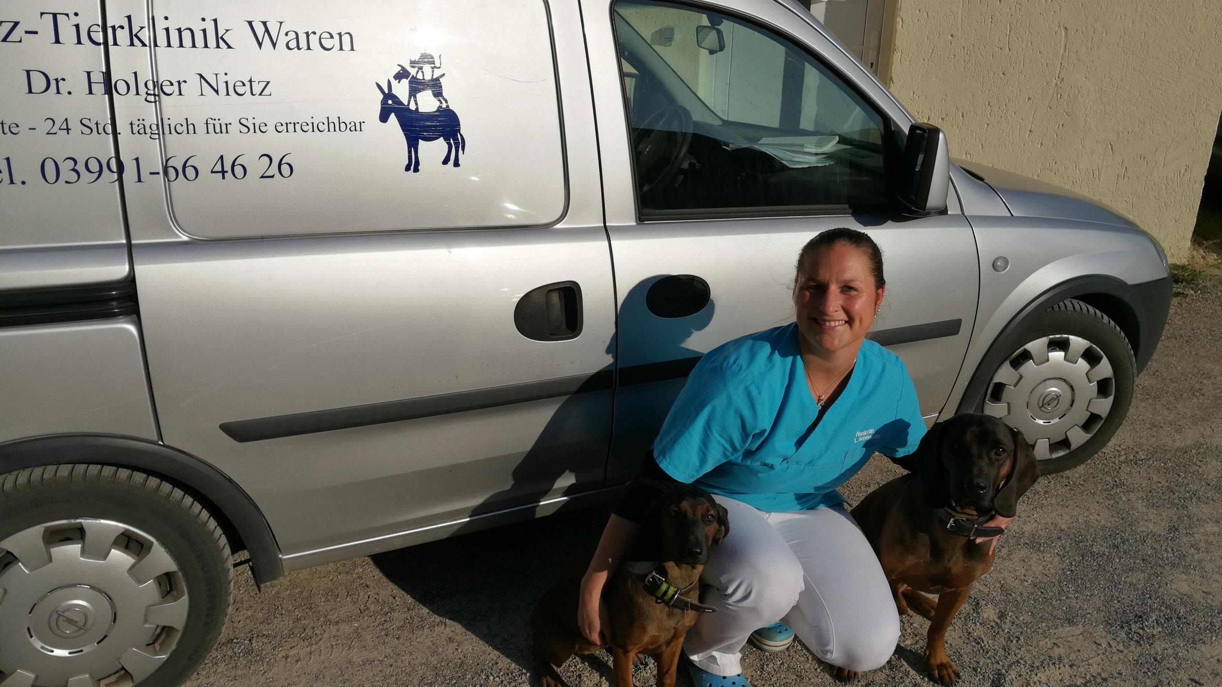 Lisa Schönwald   (seit 2016 im Team) Tierärztin
