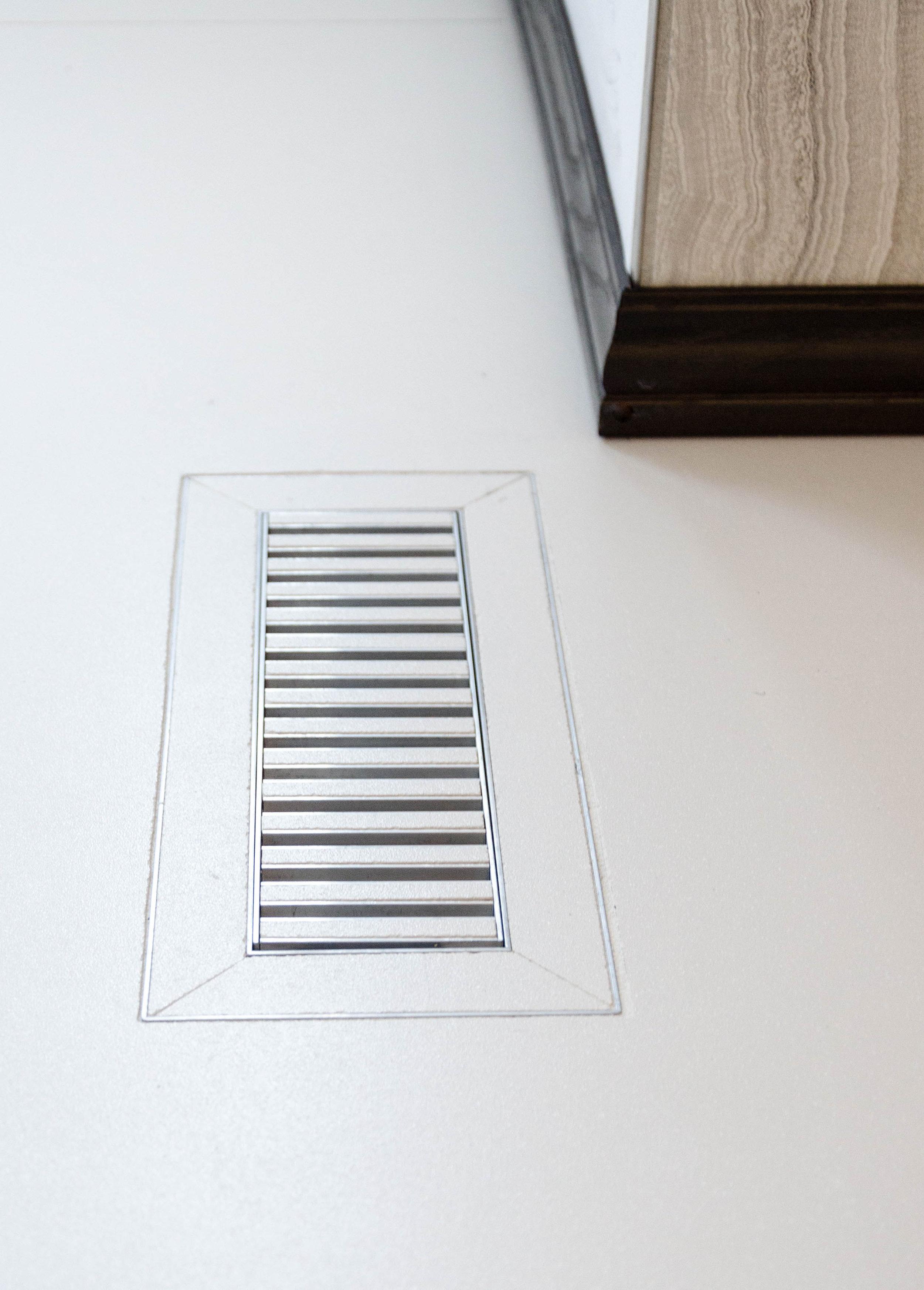 kitchen vent.jpg