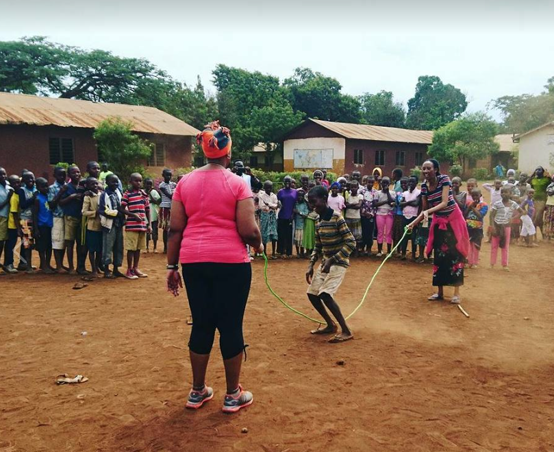 During NaneNane a public holiday in Tanzania, Simbas arranged an open event for all kids in our community with music, games, dancing, acrobatics and LOTS of fun!