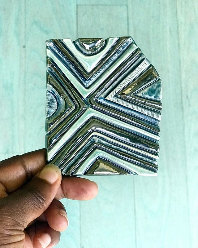 A touch of blue, green and bronze. Love the color combination! Plus, the colors coordinate with the teal stained wood floors in my home. . . . #testtiles #handmadetiles #glaze #summercolor #pattern #stoneware #tile #ceramicart #ceramicartist #ceramictile #stoneware #ceramicaartist #clayart #blackartist #blackclayartist #inthestudio