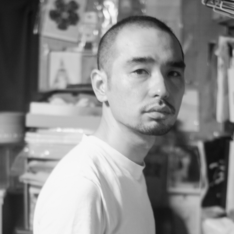 Hiroki Iwasa   Hiroki Iwasa is a musician and filmmaker. In 1999, he co-founded 'habakari-cinema+records' with Koichi Imaizumi. Since then, he has made music for all the productions by him to date, including the latest film  Berlin Drifters  (2017). In 2001, he directed his first short film  Grey SILENCE . Since 2016 he has been writing reviews on music and film on Ele-king, a Japanese website.