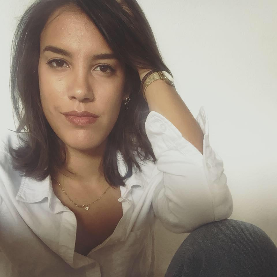 Lara Nuberg   LaraNuberg(1990)studiedhistoryandworksas a freelance producer,writerandeditorforseveralmediaandsocialorganisations.ShestartedworkingforIQMFsincethe firsteditionof 2015.ThisyearLara was editor-in-chief ofthisamazingIQMFcatalogue.