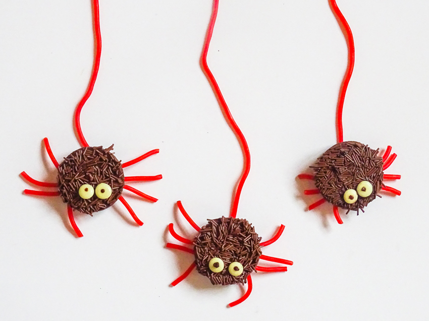 Halloween Spindelkakor
