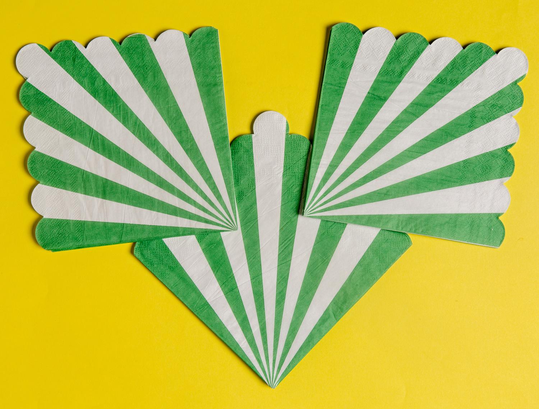 Grön vita servetter