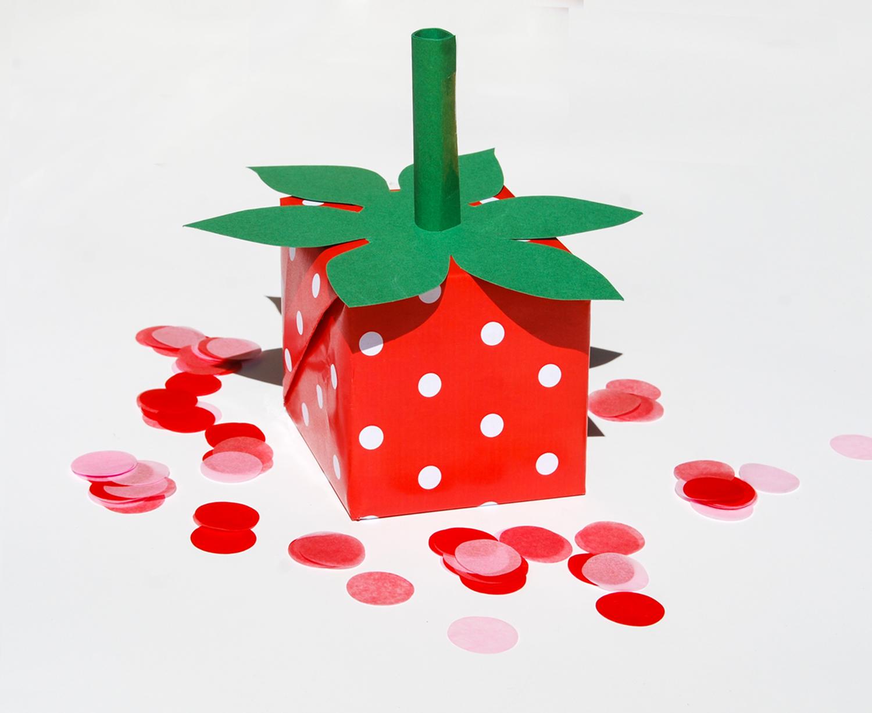 DIY slå in dina presenter som jordgubbar