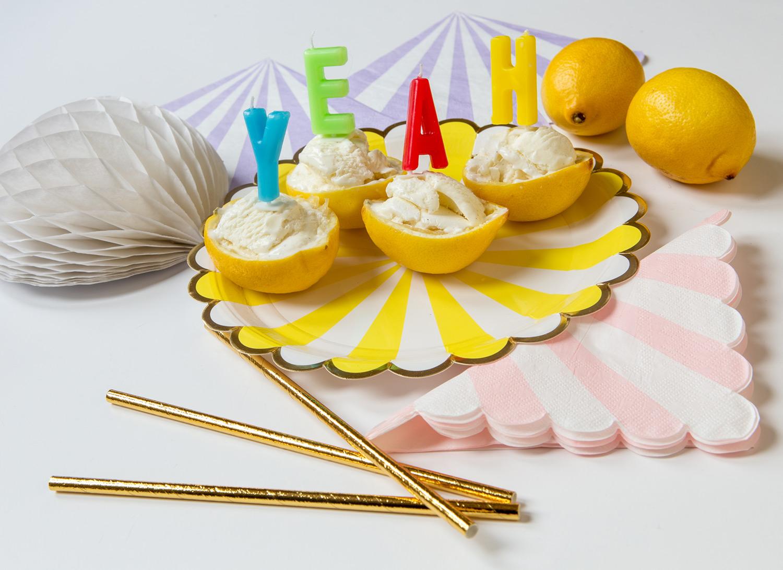 Citronskals skålar finaste sättet att servera citronsorbet