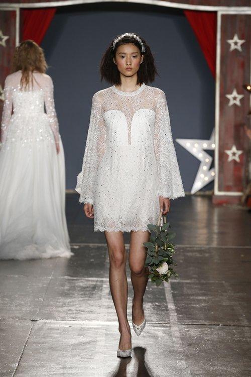 29-jenny-packham-spring-18-bridal.jpg