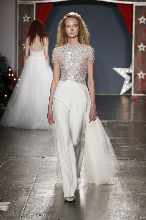 32-jenny-packham-spring-18-bridal.jpg