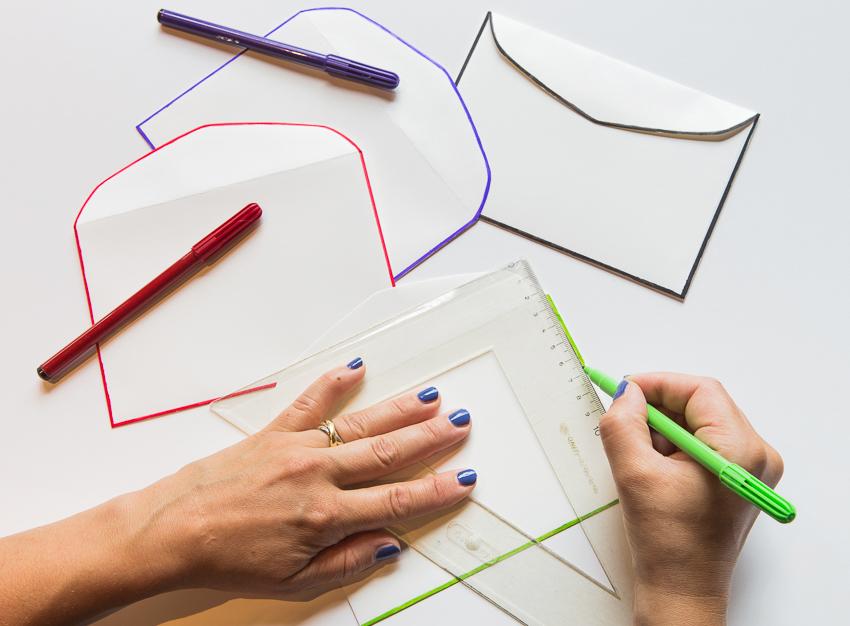 DIY kuvert med färgkant
