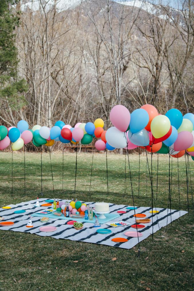 Ballonger-pickning-staket.jpg