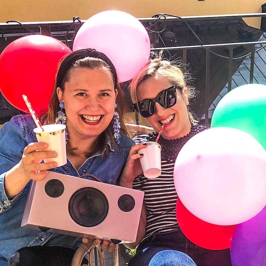 hör Lotti Staedler Elmblad och Karin Kakan Sundberg berätta om hur du lyckas med möhippan i P1 Stil