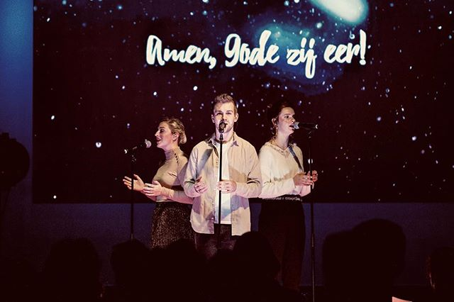 Stille nacht, Heilige nacht 🎼  Kerst wat was je mooi! ★ . . . #christmas #church #concert #christmasnight #happiness #grateful #hope #trust #love