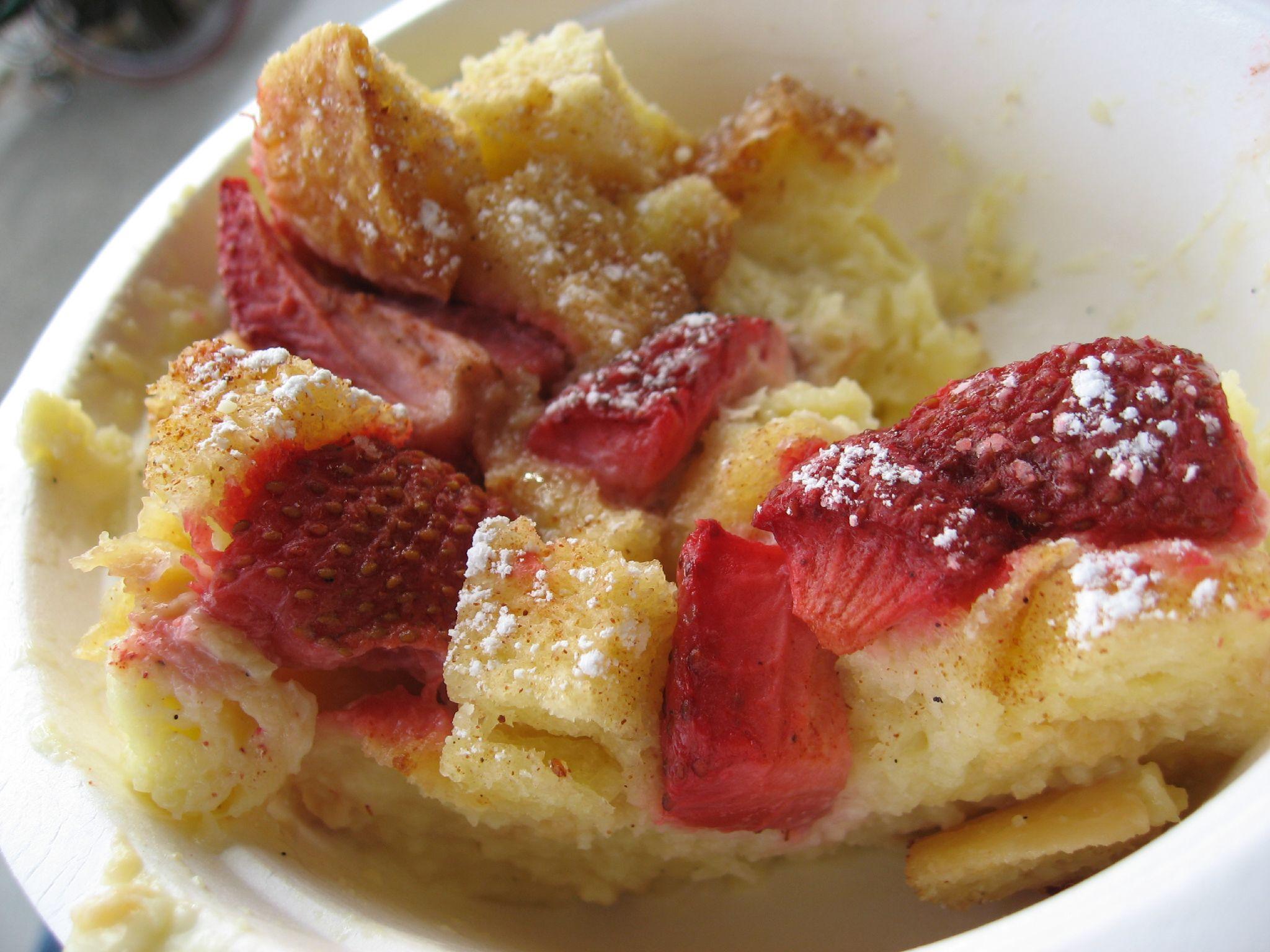 Scrumptious_strawberry_bread_pudding.jpg