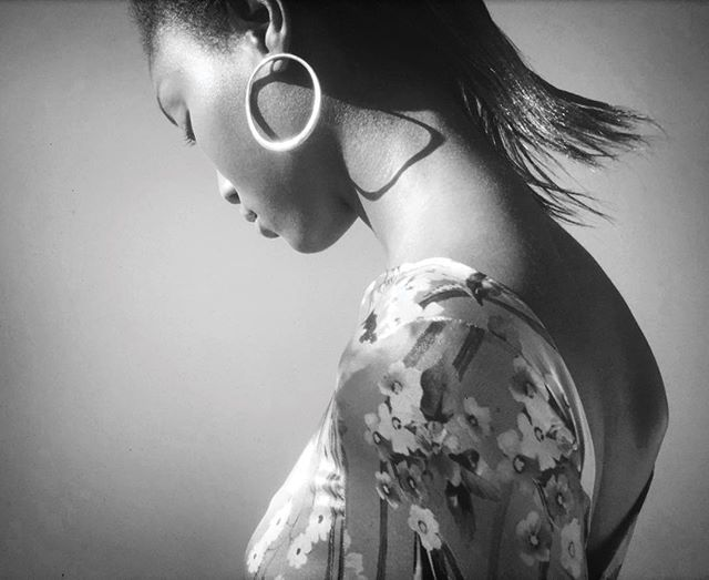 Screencap of my last video with the best @eniolaabioro from @nextmodels / styled by @julienalleyne / makeup by @miki_ishikura / hair by @__yui_826__