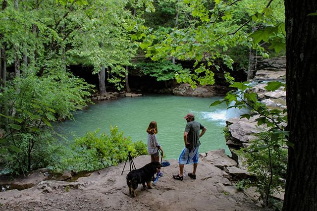 Favorite summertime swimming holes in the Ozarks? Drop them in the comments! • • • • • #exploretheozarks #explorearkansas #hiking #outdoors #hike #overlanding #arkansas #overland #poncaarkansas #camping #mountain #overlander #ozarks #backpacking #getoutside #overlanding #wilderness #hikingadventures #naturalstate #optoutside #rooftoptent #trekking #outdoor #forest #glamping #wonderfularkansas #expedition #adventuremobile #4wd #frdpro
