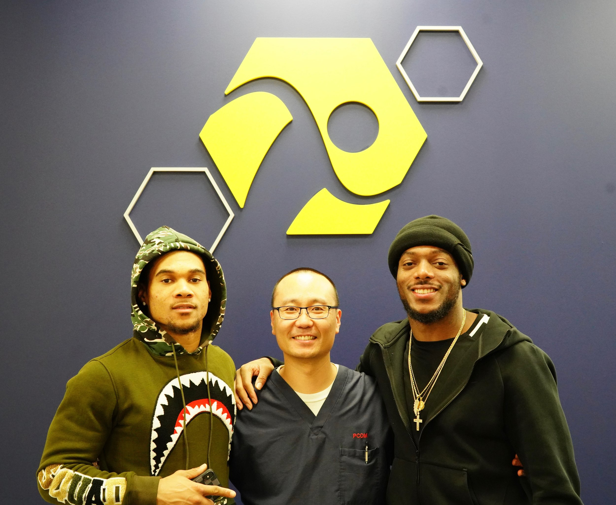 LeBlanc & Jeremiah McKinnon (#38 CB Philadelphia Eagles) with Dr.Shin