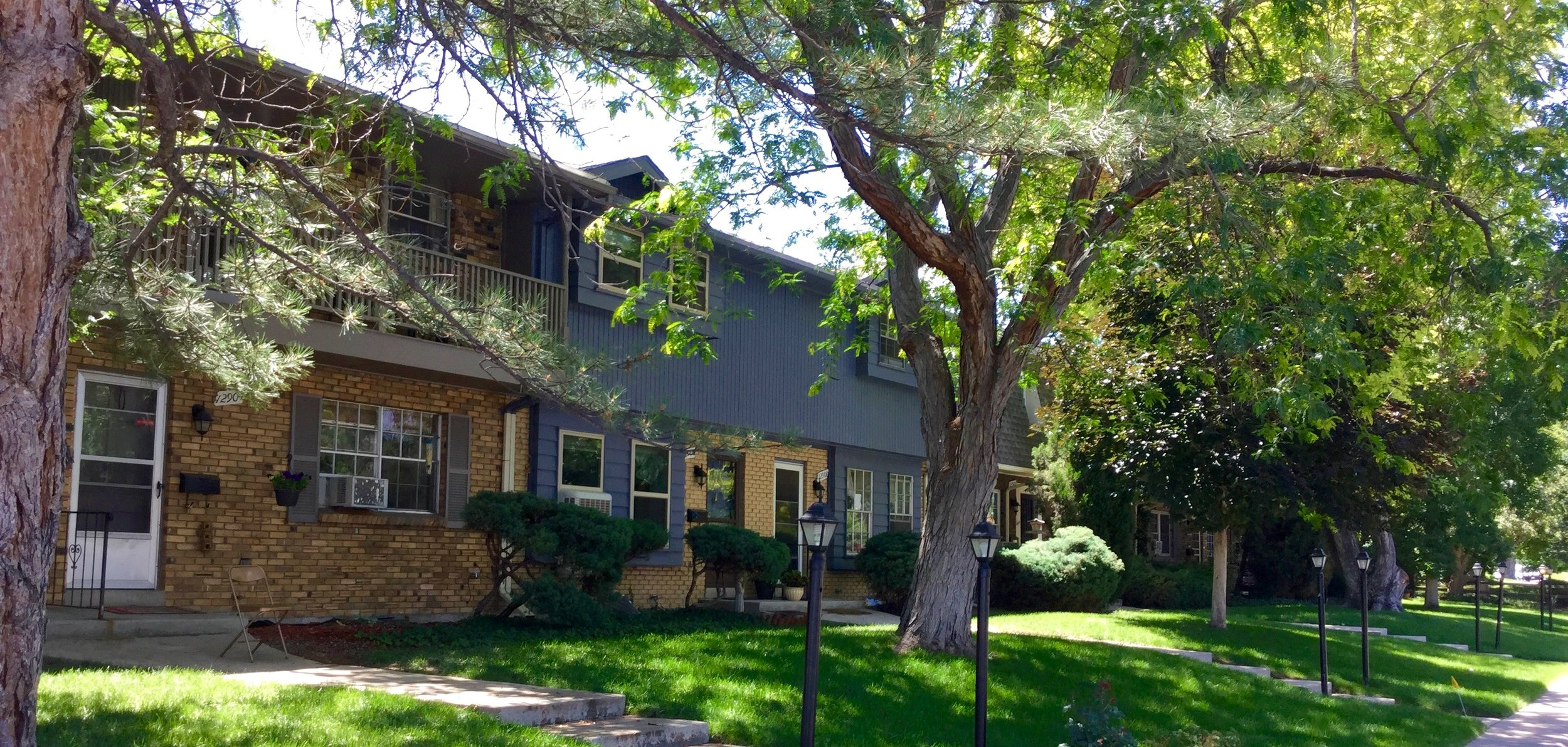 Briarwood Condos in Applewood near Golden, Colorado feature 2 and 3 bedroom units
