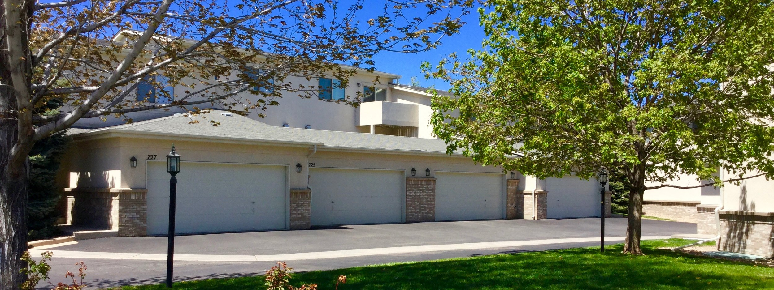 Briarwood Commons Townhomes in Golden, Colorado. Featuring two-car garages