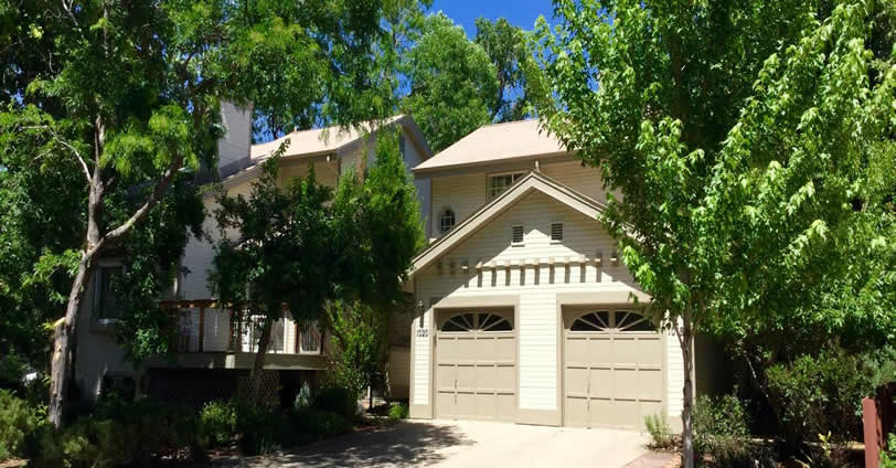 Properties in Ninth Street Townhomes features an attached one-car garage. This community is well located near downtown Golden, Colorado