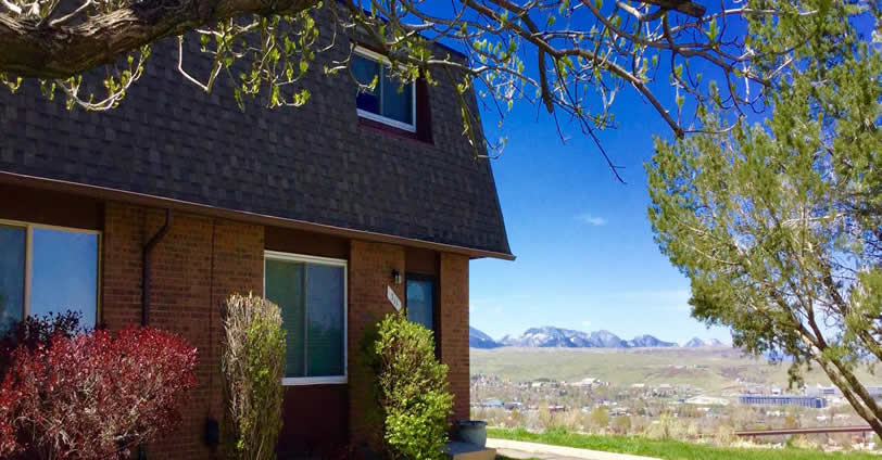 Sixth Avenue West Division 2 is a 102-home community in a very convenient location. sitting high on the hilltop just south of the Sixth Avenue frontage road along Holman Way in Golden, Colorado.