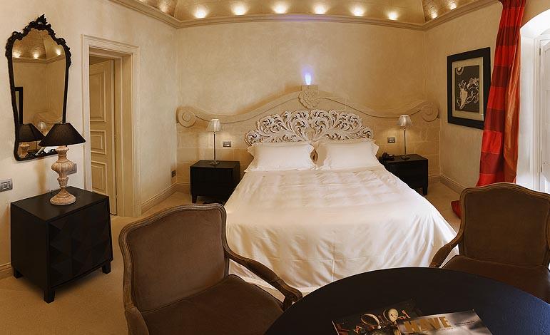 _imm_32_hotel_part_stanza.jpg