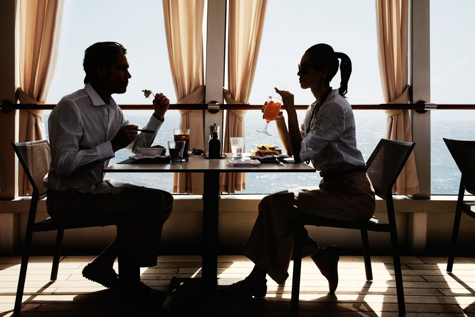 silversea-luxury-cruises-silver-muse-the grill-restaurant-couple.jpg
