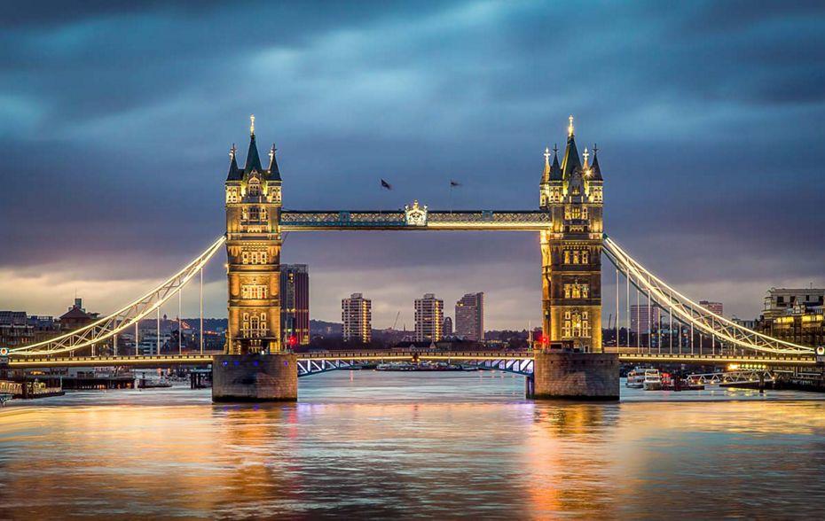 silversea-luxury-cruises-europe-London-Tower-Bridge.jpg