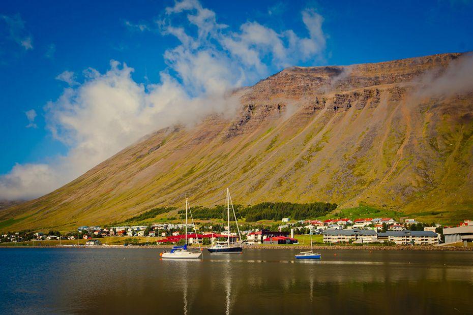 silversea-arctic-cruise-isafjordur-iceland.jpg