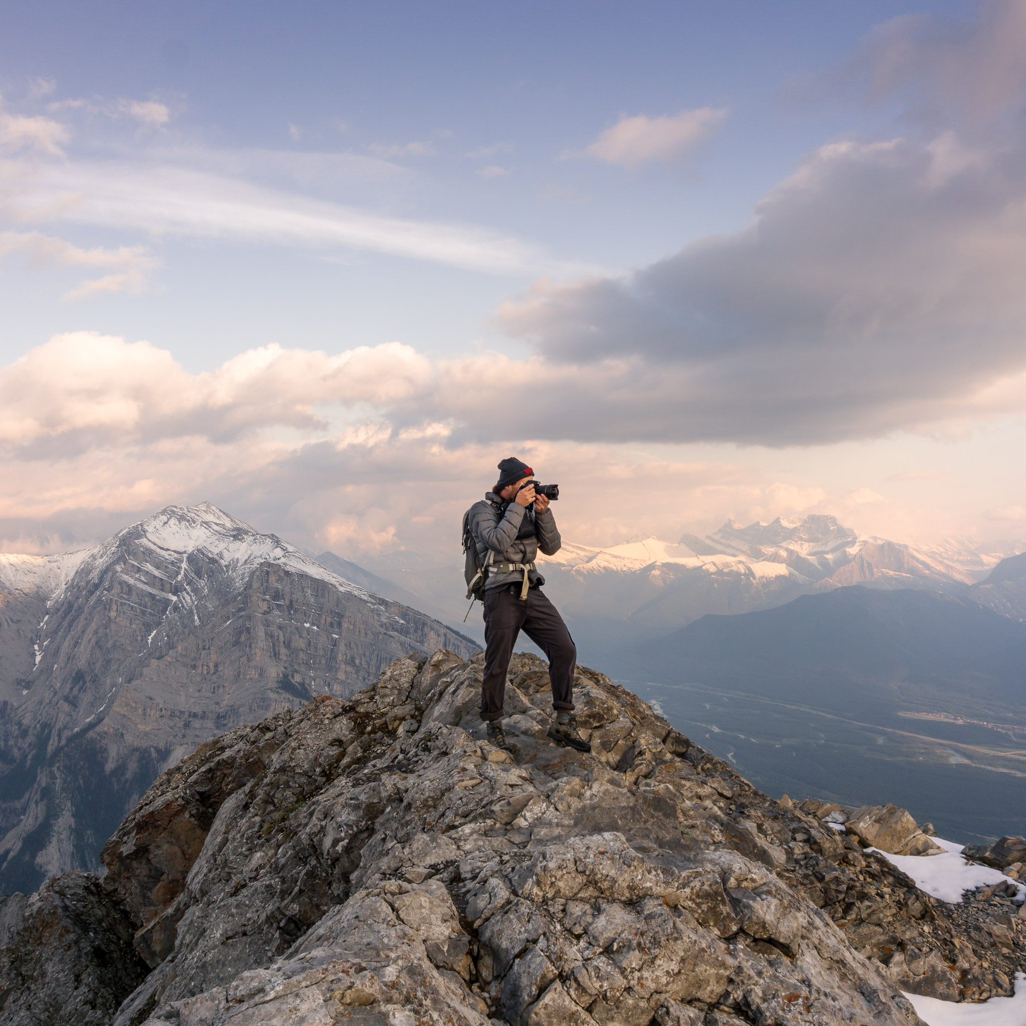 Behinds the Scenes: An evening scramble to watch the sunset at 2600m. Alberta, Canada.