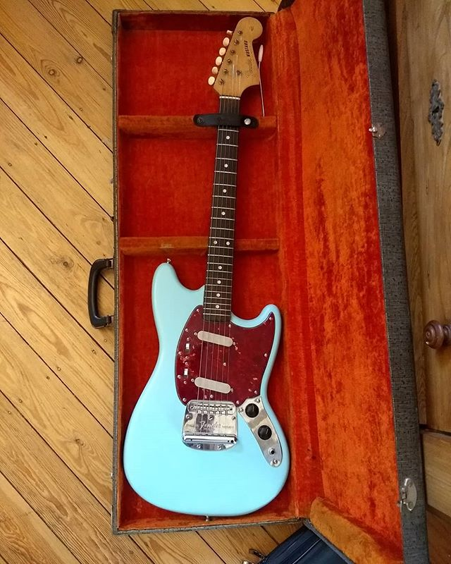 Well welcome!!! #fendermustang65 #sonicblue