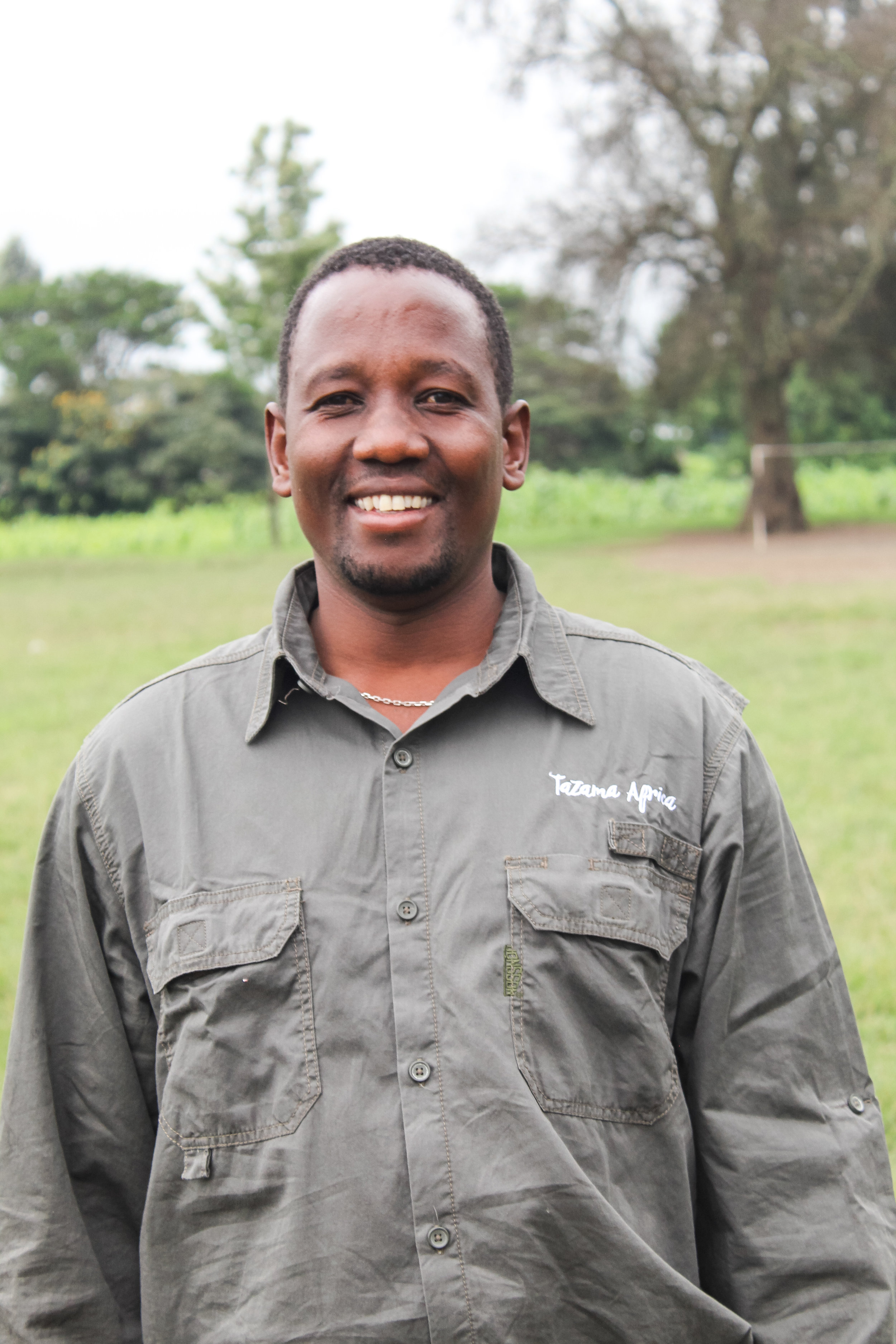 Safari, Head Safari Guide  His name says it all, he was born to do this! Safari's quiet confidence, great sense of humor and gentle nature make him a favorite for many of our guests. When he's not guiding, you'll often find him getting his hands dusty with his passion project, carpentry.