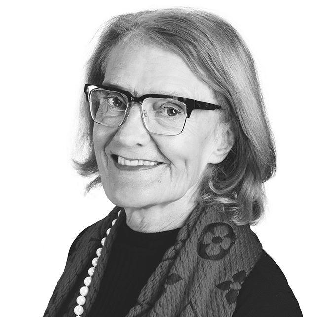 """""""Jag har sett så många verkligen kliva ur sina skal efter @forexecutivewomen programmet""""⠀ ⠀ Möt Meg Tivéus, erfaren ledare och mentor i Few. Hela intervjun finns nu på vår blogg, läs den på länken i bion!"""