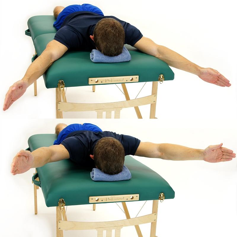 超人姿勢Lower Trapezius Strengthening - 1. 俯臥,肚子朝下Lying on your stomach2. 雙手張開呈現超人姿勢Open your arms to make a Y-shape3. 雙手向上抬高,同時將兩側肩脥骨互相靠近Lift arms up while squeeze both shoulder blades together4. 停住8秒,10次ㄧ回,一天3回Hold for 8 seconds, 10 Reps./set, 3 sets/day