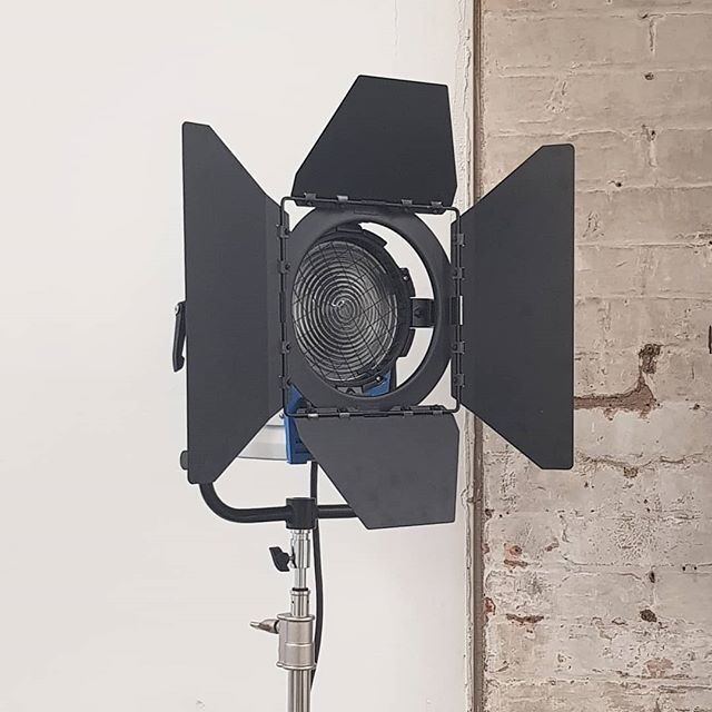 New arrivalsl of our 2kw light, now  included with every studio booking  #studio59 #eastlondon #hirestudio #photostudio #studios #bts #londonphotography #fashionphotography #stilllifephotography #bethnalgreen