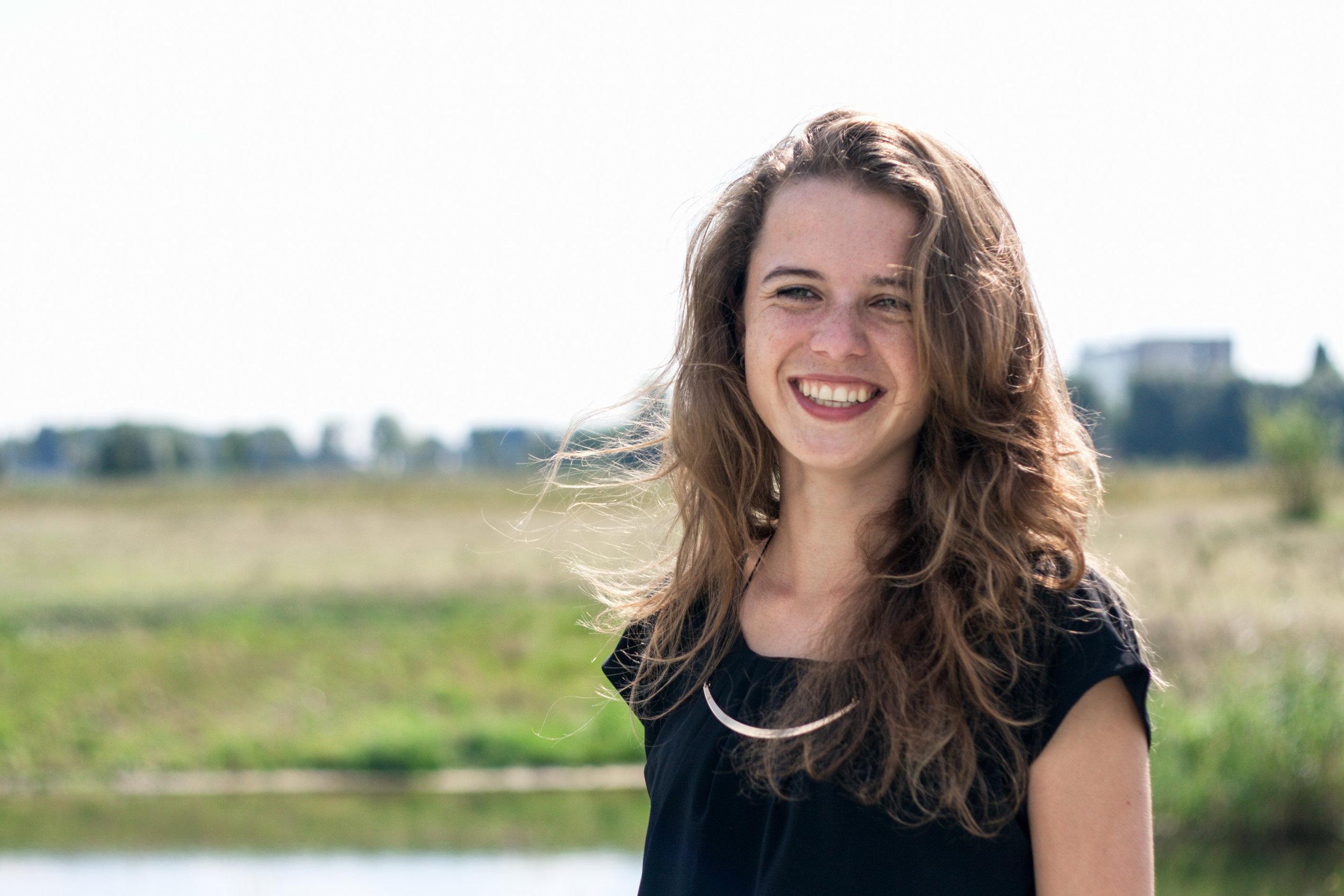 LotteLeufkens_Vrouw Nieuws.nl .jpg