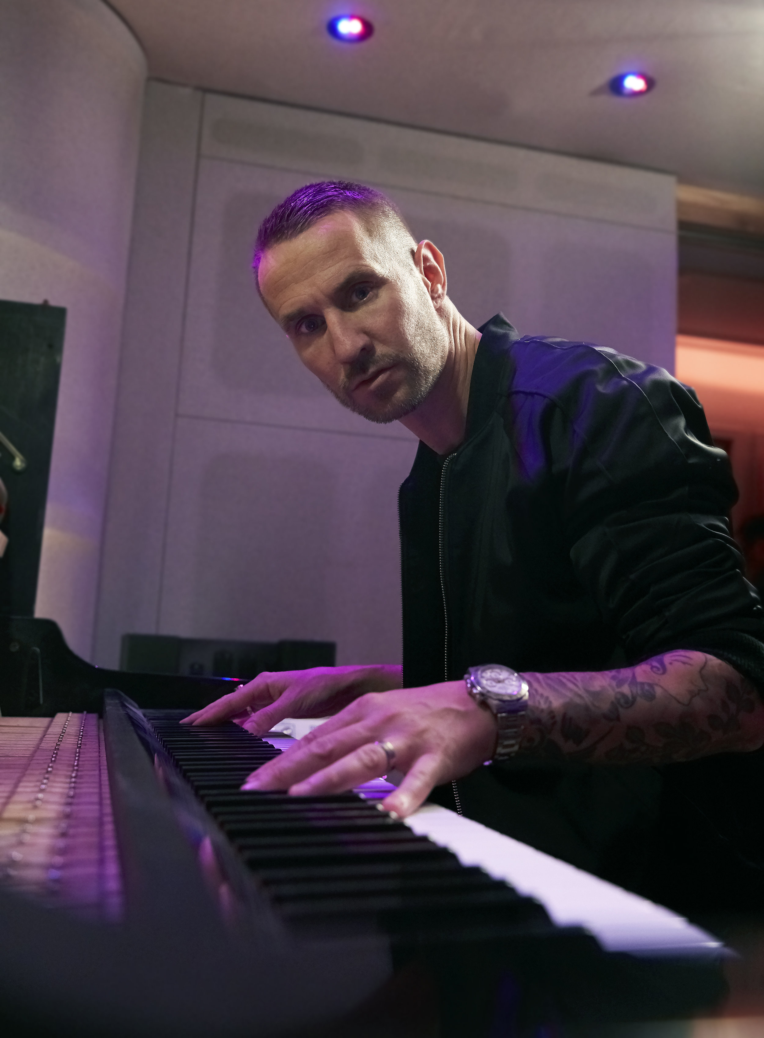 Piano single .jpg