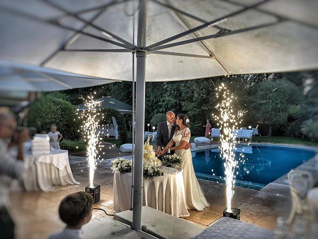 Anche sotto la pioggia, l'effetto delle fontane fredde lascia sempre senza fiato. 😍  Questa sera i nostri effetti speciali per matrimonio con il nostro servizio dj di @party_dj_italy  #partydj  #tecnosound #service #events #eventi #weddigs #matrimonio #weddingdesign #weddingreception #wedding #weddingday #weddingideas #wedingday #weddingideas #wow #amazing #ideas #love #italia #italy #weddinginitaly #dancefloor #lighting #lightdesign #audio #music #weddingmusic #weddingplanner #luxurywedding #luxury #luxuryevents