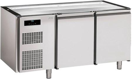 KBS16   PASTRY REFRIGER. COUNTER NO TOP,2 DOORS 60x40 CM  Temperature ranges, °C-2/+8  Dimensions (LxDxH), cm 160 x 72,5 x 83