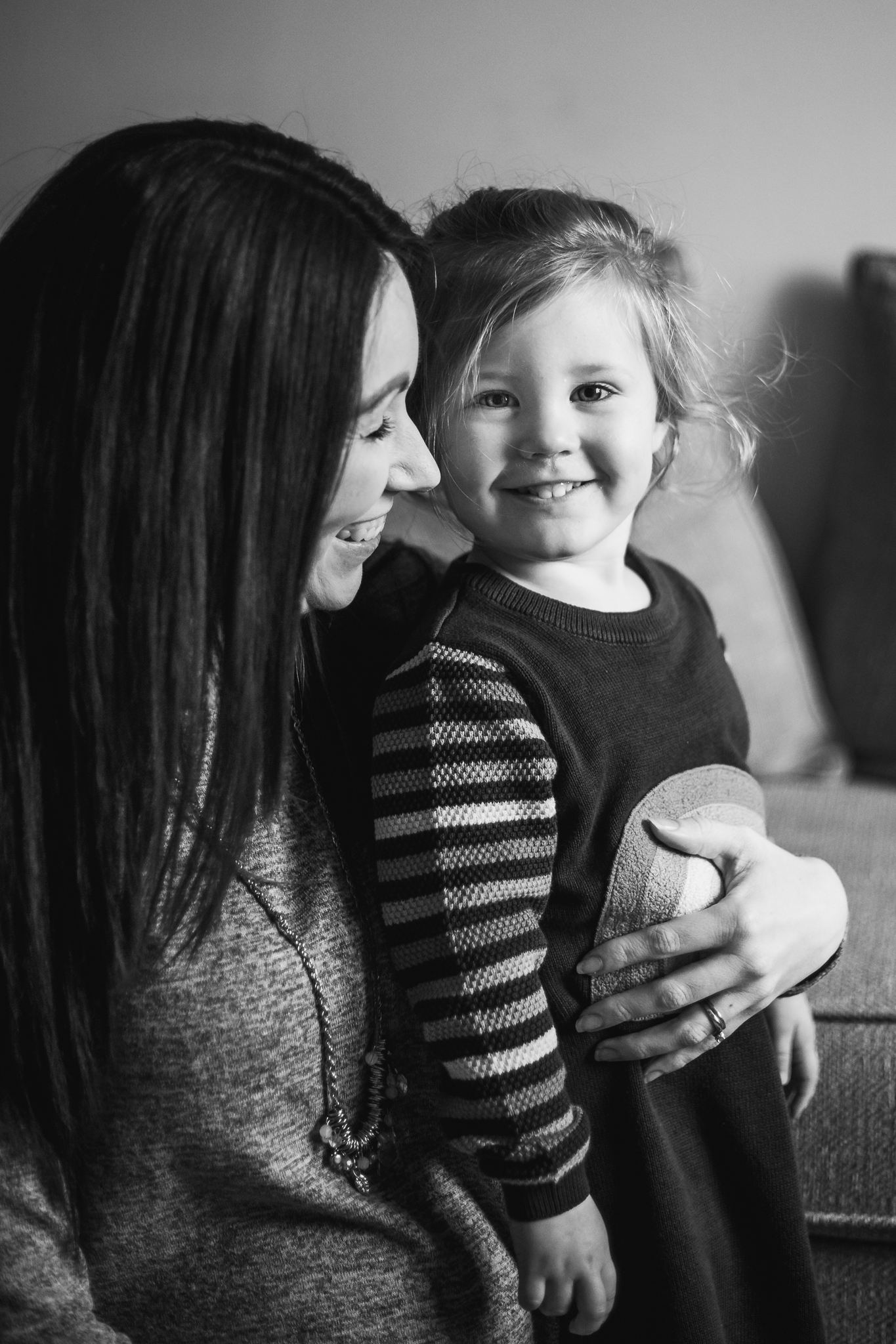 Gemma Maternity Photoshoot Bond Photography B&W-9.jpg