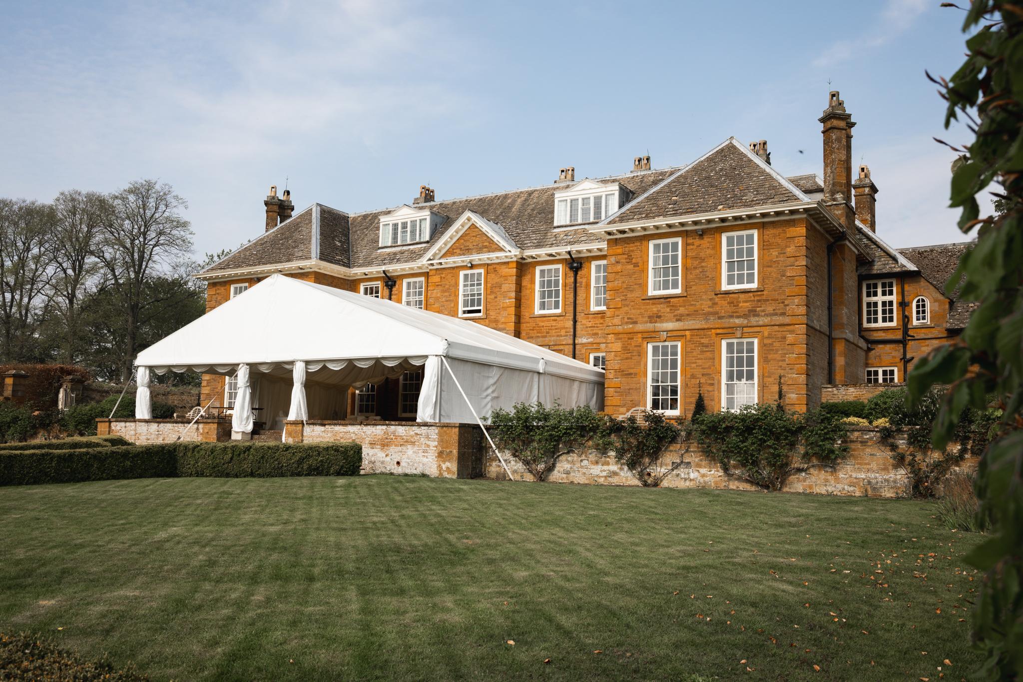 Jewelled Tone Wedding Bond Photography Bedfordshire Wedding Photographer Cambridge Oxfordshire Buckinghamshire Creative Wedding