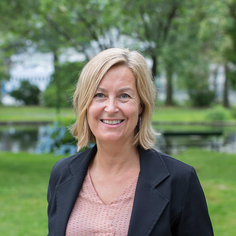Maja Aune Flatva - Fasilitator lokalerKontorsjef, VIS