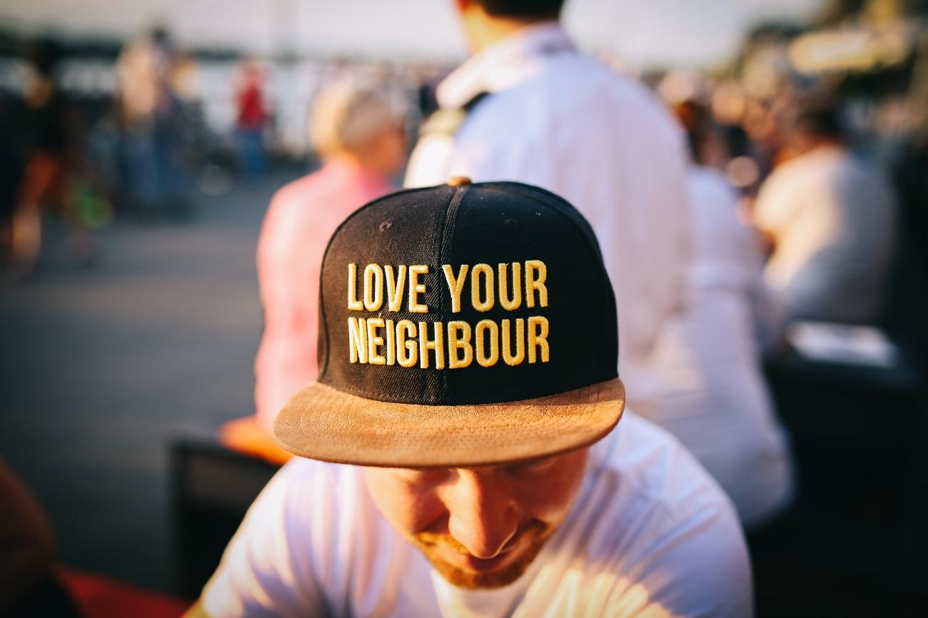 love-your-neighbor-anoka.jpg