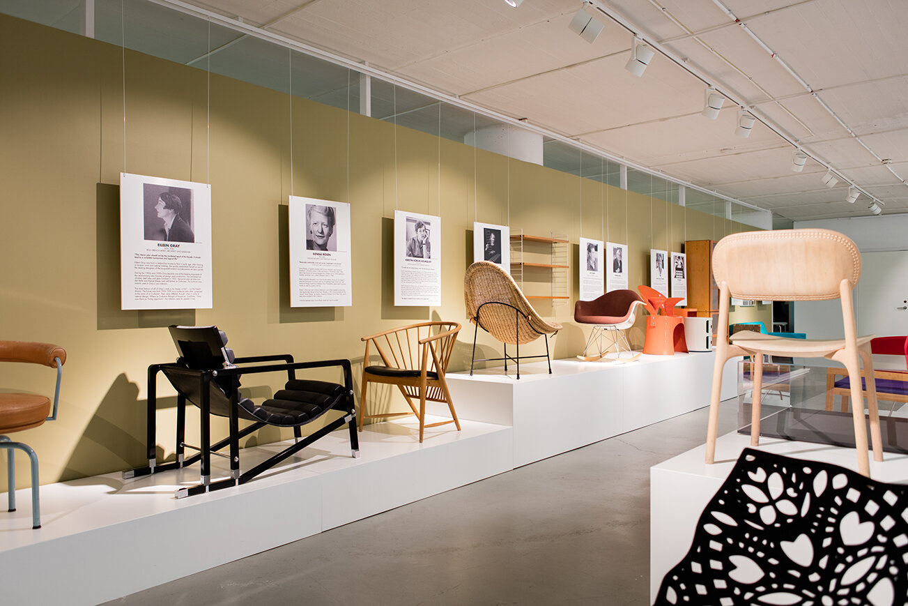 IMAGE FROM THE EXHIBITION FEMALE TRACES