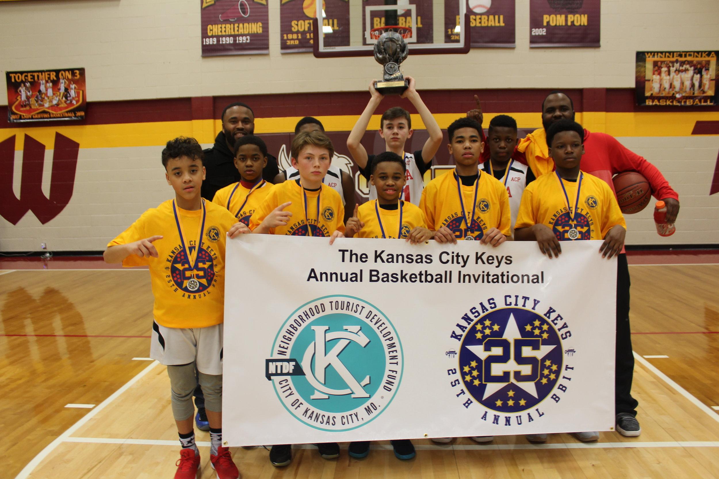 LHBA 6th Grade Champions.JPG
