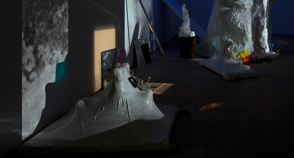 Σπήλαιο (Spilaio) install-Hales 2015_11.jpg