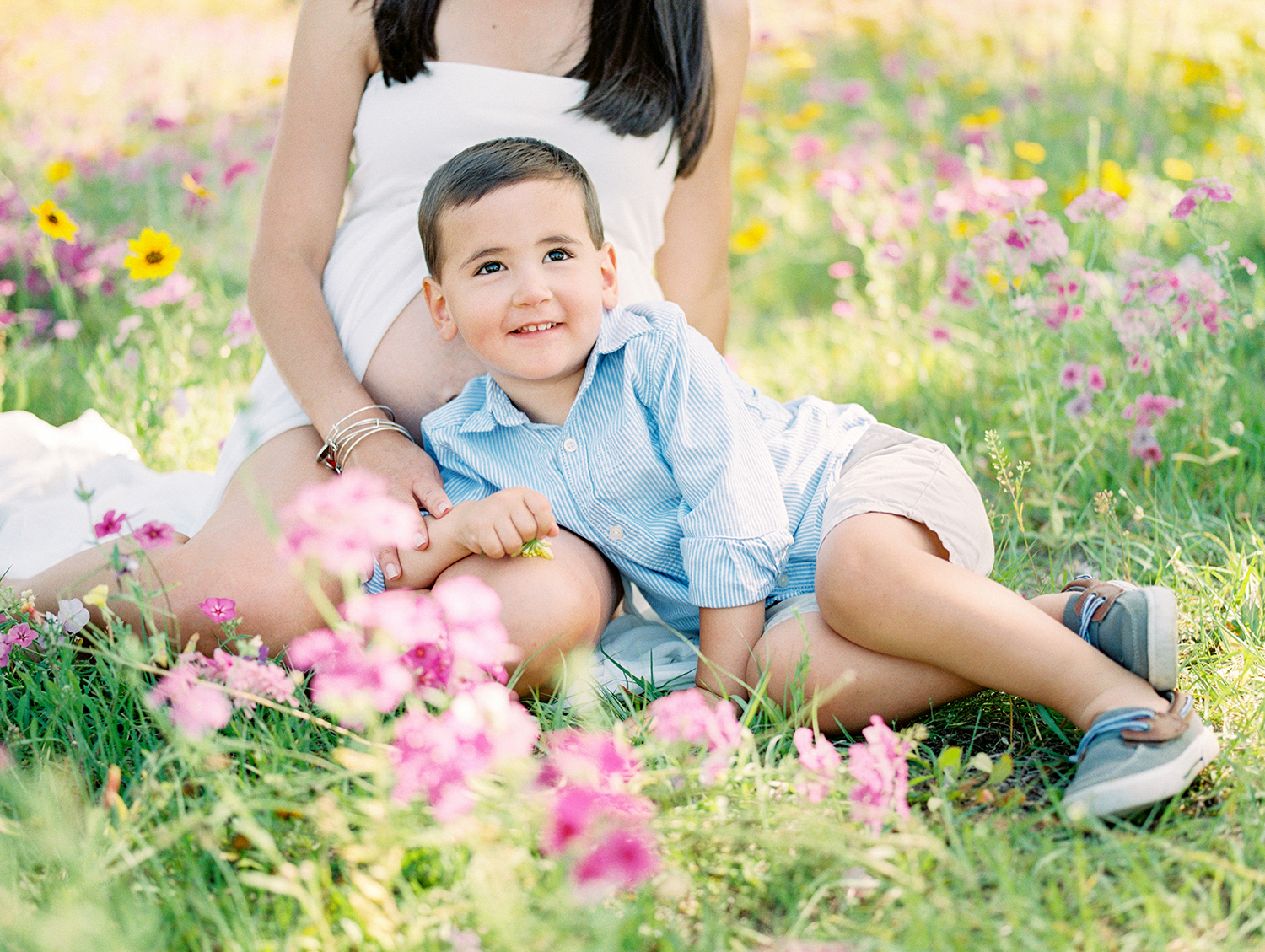 Family Maternity Session in a Flower Field- Lisa Silva Photography- Jacksonville and St. Augustine Florida Fine Art Film Photography- 4.jpg