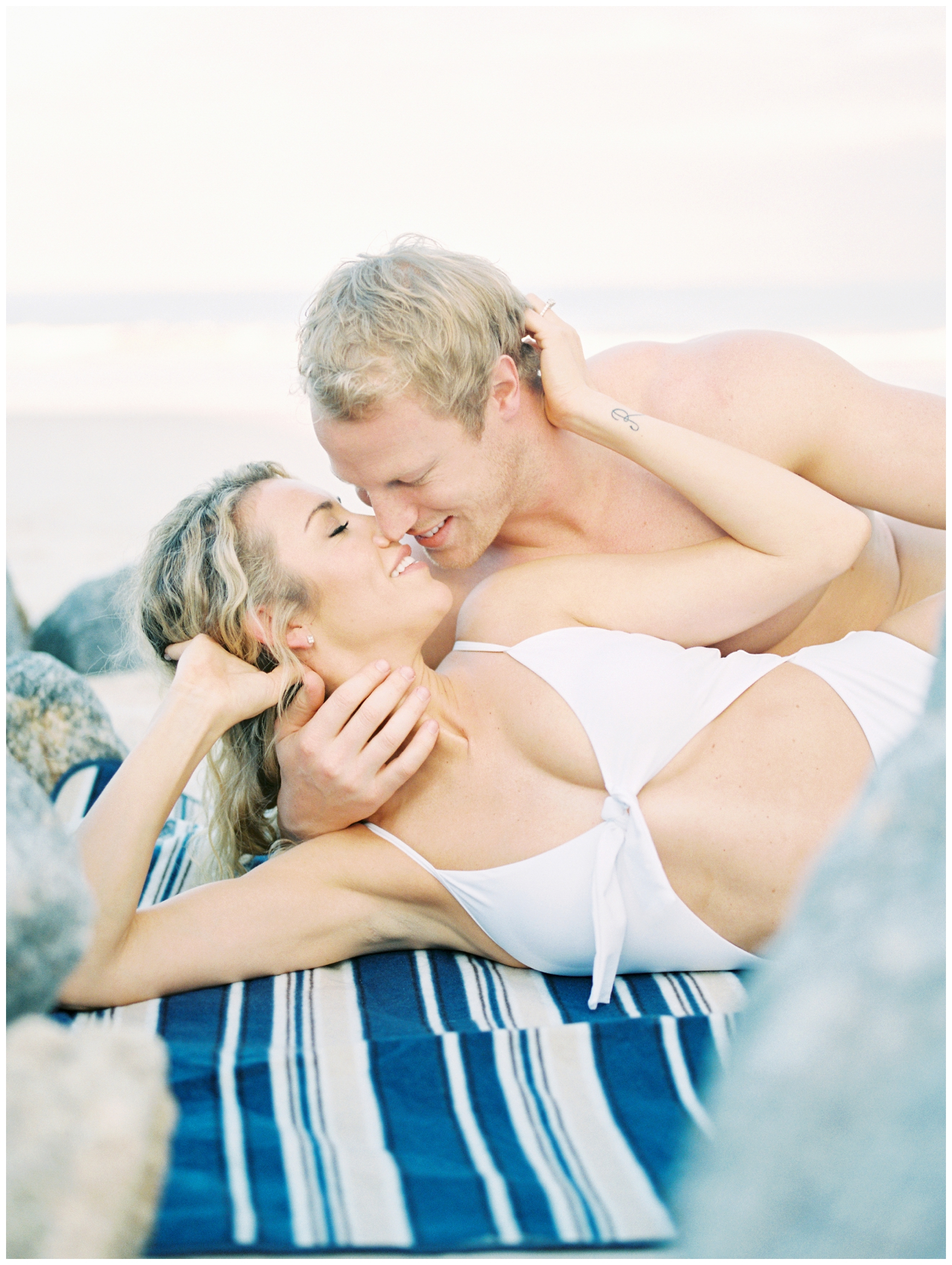 Lisa Silva Photography -Beachy Lifestyle Engagement Session in Palm Coast Florida - Jacksonville Film Photograpgers_0020.jpg