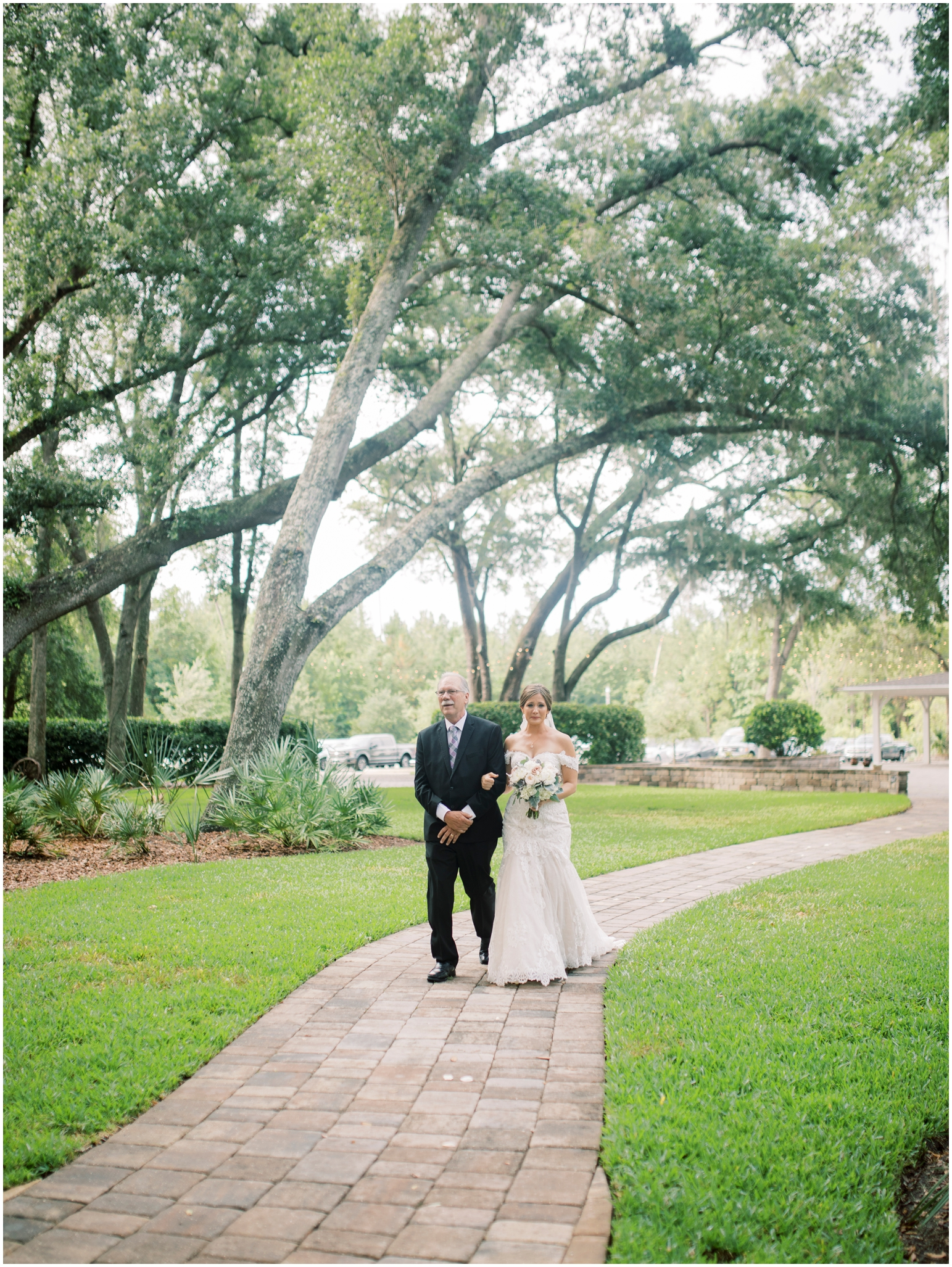 Lisa Silva Photography- Jacksonville, St Augustine, Fernandina Beach, Amelia Island, Ponte Vedra Beach, North East Florida Fine Art Film Photographer- Ashley and Shawn's wedding at bowing oaks plantation_0059.jpg