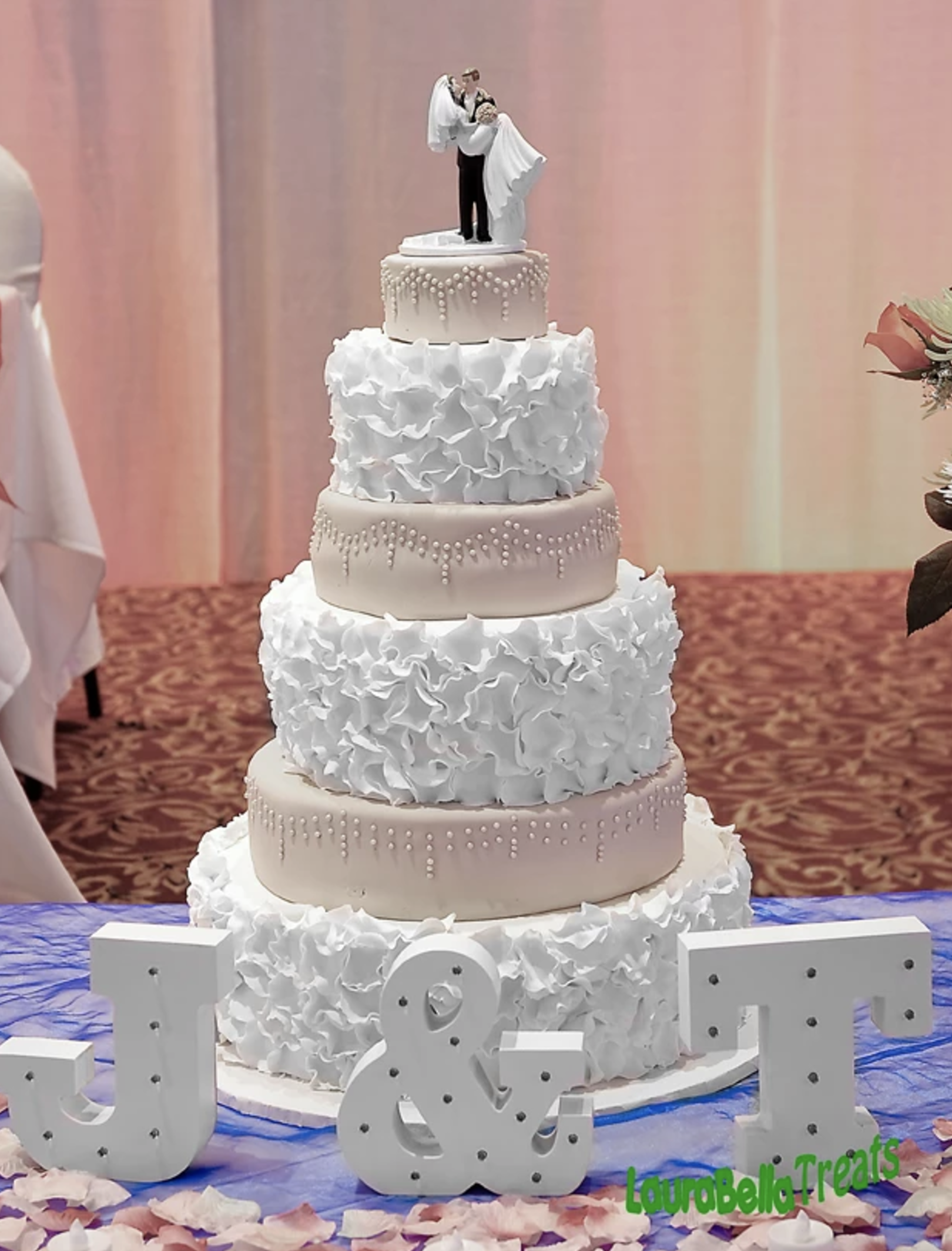 cakes_J T wedding.png