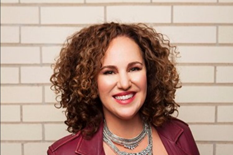 Elaine Garza    Elaine Garza is a partner at Giant Noise public relations agency based in New York City and Austin, Texas. Her diverse client list includes Internet startups such as non-profit media organization The Texas Tribune; travel and hospitality clients Hotel Saint Cecilia, Hotel San Jose and the Austin Convention and Visitors Bureau; media properties Pitchfork and Texas Monthly; and events including Fun Fun Fun Fest among many others.